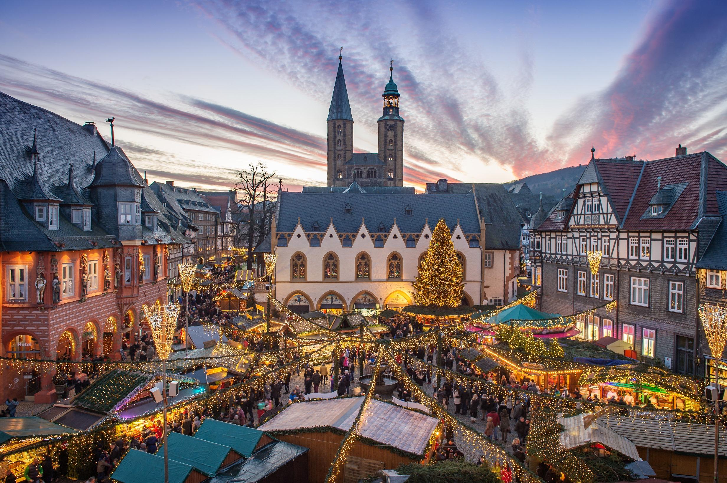 laternenumzug und offizielle weihnachtsmarkter ffnung goslar am harz unesco weltkulturerbe. Black Bedroom Furniture Sets. Home Design Ideas
