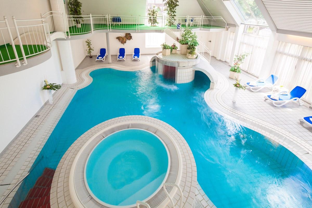Hotel der achtermann 1000 schritte goslar goslar for Hotel harz schwimmbad